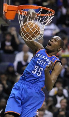 Kevin Durant continuadetonando