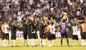 Corinthians se despede do Pacaembu e volta a vencer noBrasileiro