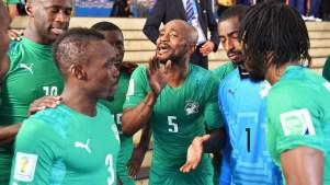 Jogadores da Costa do Marfim em jogo contra a Colômbia. Foto: Getty Images