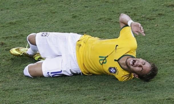 neymar machucado_futnroll