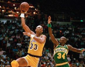 Kareem e Malone, os esquecidos no duelo entre Jordan eKobe