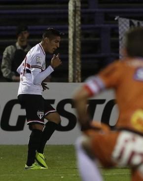 São Paulo faz jogo desuperação