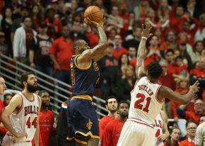 Playoffs entre Cavs e Bulls estãoeletrizantes